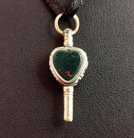 Antique Georgian Gold Heart Watch Key, Citrine & Bloodstone (3 of 9)