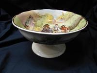 Royal Doulton ' Sir Roger de Coverley '  bowl (5 of 5)