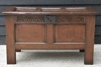 Handsome 17th Century Small Proportioned Oak Coffer c.1680 (4 of 13)