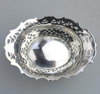 Extremely Good Solid Silver Pierced Basket / Bowl by Golds c.1899 (8 of 10)