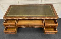 Fine Quality Burr Walnut Desk (8 of 25)
