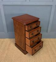 Pair of Victorian Mahogany Bedside Chests (14 of 16)