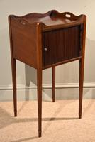 Matched Pair of Mahogany Bedside Cabinets / Tables (6 of 9)