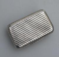 Good French Solid Silver Reeded Rectangular Snuff Box c.1830 (2 of 10)