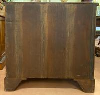 Solid Mahogany Chest of Drawers of compact size (4 of 5)