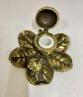 Victorian Brass Leaf & Nut Novelty Inkwell c.1900 (4 of 7)