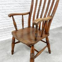 19th Century Windsor Lathback Armchair (4 of 6)