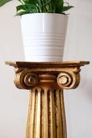Italian Florentine Giltwood Pedestal Stand (8 of 8)
