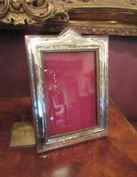 Pair of George V Period Silver Photo Frames (3 of 8)