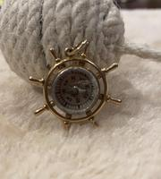 9ct Gold ships Wheel Compass Pendant (4 of 6)
