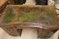 Mahogany Kneehole Desk (5 of 5)