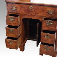 George III Walnut Kneehole Desk (10 of 12)