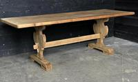Trestle End Oak Farmhouse Dining Table (17 of 18)