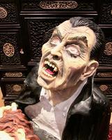 Huge Old Fairground Dracula Sculpture  Ghost Train Figure (8 of 9)