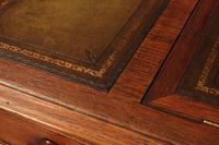 Victorian Oak Writing Table Desk (17 of 20)