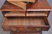 Small 18th Century Mahogany Chest of Drawers (10 of 13)