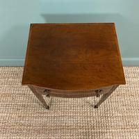 Elegant Victorian Mahogany Bow Front Antique Side Table (5 of 5)
