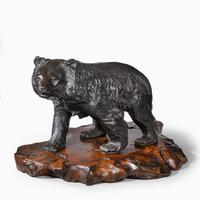 Large Meiji Period Bronze Bear by Genryusai Seiya