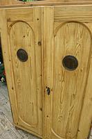 Fabulous Old Pine 2 Door Cupboard / Linen Cupboard / Food / Larder with Shelves  - We Deliver! (7 of 11)