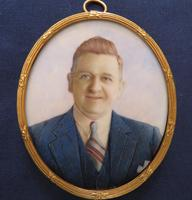 Miniature Portrait Husband & Wife 1930's Gilt Frame (2 of 4)