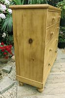 Fabulous & Very Large Old Victorian Pine Chest of Drawers (5 of 8)