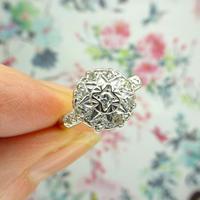 Vintage 18ct Platinum diamond cluster ring c.1960s (5 of 11)
