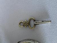 Pretty Silver Ladies Fob Watch & Fob c.1890 (3 of 9)