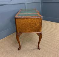 Good Queen Anne Style Burr Walnut Writing Desk (8 of 18)