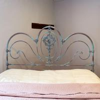 King Size Late Victorian Cast Iron Platform Bed (4 of 9)