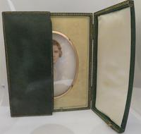 Miniature Portrait Edwardian Young Lady c.1910 Hand Painted with Travel Case (3 of 7)