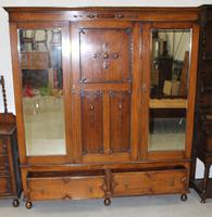 1920's Large Oak Mirrored 3 Door Wardrobe with Slides (5 of 6)