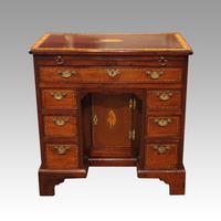 George III Inlaid Kneehole Desk (12 of 17)