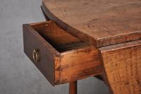 17th Century Figured Oak Gateleg Table (5 of 11)