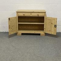 Small Old Pine Cupboard (2 of 4)