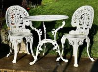 Nicely Weathered Painted Metal Bistro Set Table & 2 Chairs (5 of 5)
