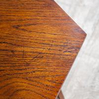 Arts & Crafts Tripod Table (6 of 7)