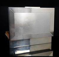 Vintage silver cigarette box engine turned (14 of 16)