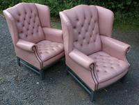 Pair of Lilac Leather Wingback Armchairs with Buttoned Backs (2 of 3)
