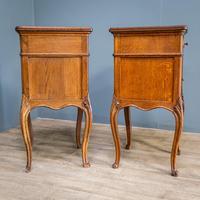Pair of Oak Bedside Cupboards (8 of 13)
