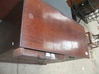 Mahogany Chest of Drawers (3 of 3)