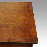 Queen Anne Walnut Chest of Drawers (6 of 11)