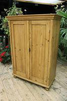 Gorgeous Old Pine 2 Door Cupboard with Shelves - Linen/ Larder/ Storage/ Food/ Wardrobe (5 of 10)