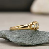 The Vintage 1930s Five Diamond Claw Set Ring (2 of 4)