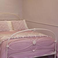 Cream Victorian Cast Iron Bedstead with Hoop Over Design (8 of 10)