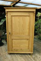 Fabulous Large Old Pine One Door Cupboard - Linen/Food/Kitchen/Larger/Wardrobe - We Del;iver! (11 of 11)
