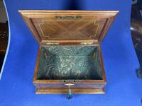 19th century French Walnut Inlaid Jewellery Box. (10 of 16)