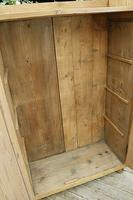 Fabulous Old Pine 2 Door Cupboard / Linen Cupboard / Food / Larder with Shelves  - We Deliver! (10 of 11)