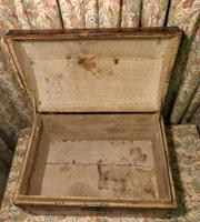 Petite Pine Travelling Trunk with Domed Top (5 of 5)