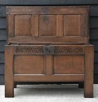 Handsome 17th Century Small Proportioned Oak Coffer c.1680 (7 of 13)
