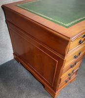 Large Yew Twin Pedestal Leather Top Desk (7 of 10)